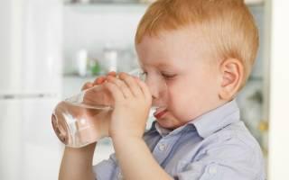 Сильный сухой кашель у ребенка без температуры