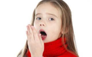 Сухой навязчивый кашель у ребенка чем лечить